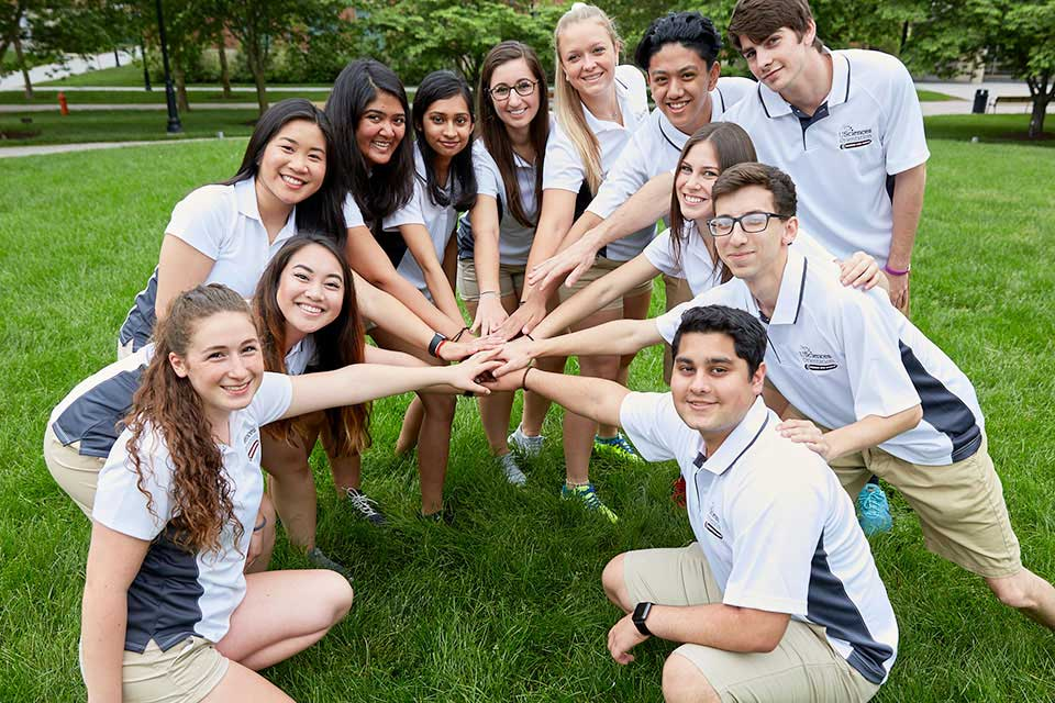 A group of USciences orientation leaders